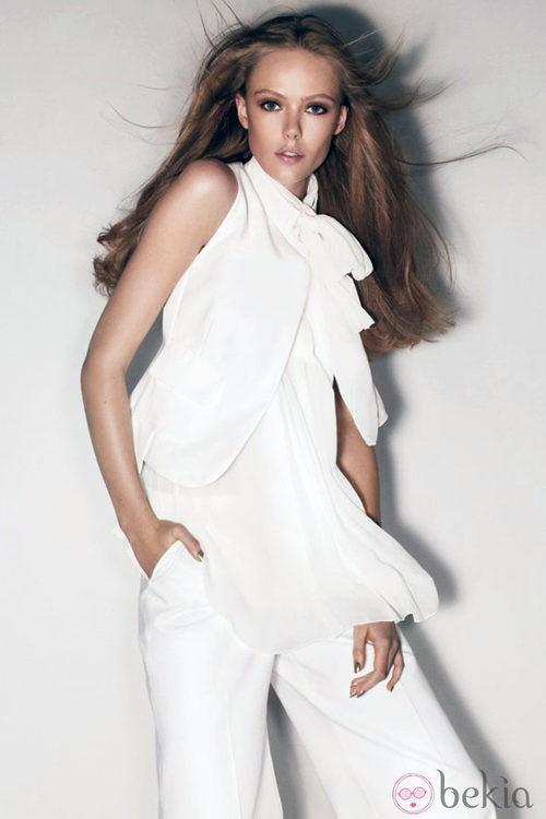 Frida Gustavsson, imagen de la colección primavera 2012 de Sportmax