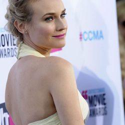 Looks de las invitadas a los premios Critics Choice 2012