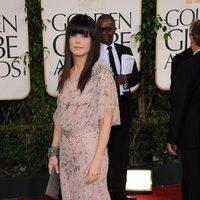 Sandra Bullock con un vestido Jenny Packham en los Globos de Oro 2011
