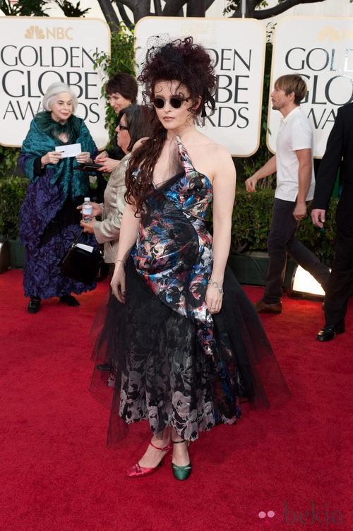 Helena Bonham Carter en la alfombra roja de los Globos de Oro 2011