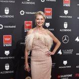 Belén Rueda, vestida de rosa y plumas en los Premios Feroz 2020