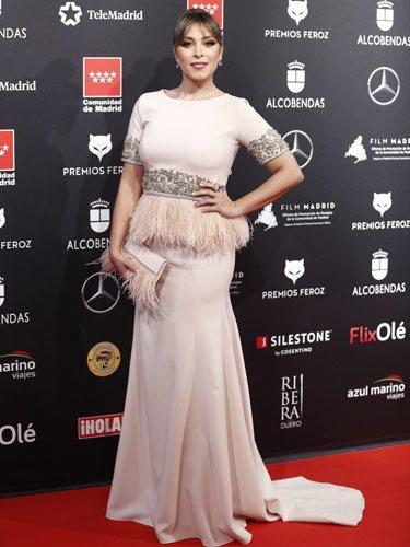 Gisela, con un vestido de plumas en los Premios Feroz 2020