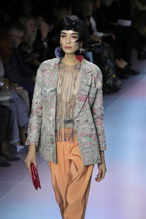 Traje chaqueta de la colección primavera/ verano 2020 de Alta Costura de Armani