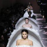 Carrusel de novias del desfile de Alta Costura 2020 de Givenchy