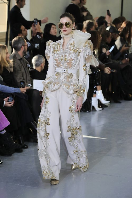 Traje de chaqueta del desfile de Alta Costura 2020 de Elie Saab