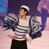Jersey a rayas del desfile de Alta Costura 2020 de Jean Paul Gaultier