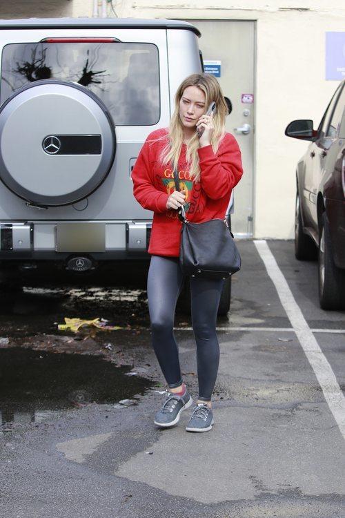 Hilary Duff con un look desaliñado