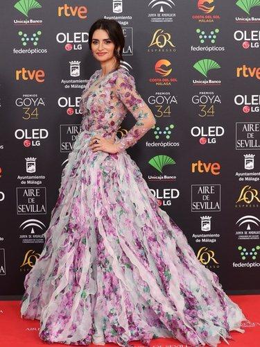 Penélope Cruz con un vestido vaporoso estilo princesa en los Goya 2020