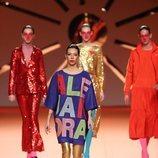 Alejandra Rubio con jersey oversize con su nombre en el desfile otoño/invierno 2020-2021 de Ágatha Ruiz de la Prada