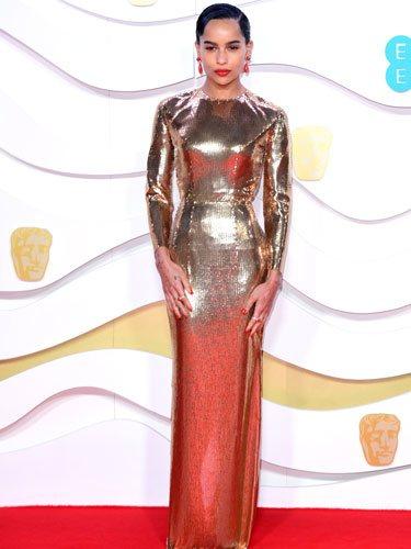 Zoë Kravitz, vestida de dorado en los Premios BAFTA 2020