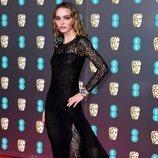 Lily Rose Depp con transparencias en los Premios BAFTA 2020