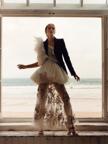 Vestido asimétrico de la colección primavera/verano 2020 de Alexander McQueen
