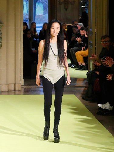 La diseñadora Vera Wang otoño/ invierno 2020 de su marca homónima