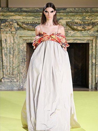 Vestido con falda recta con frunce otoño/ invierno 2020 de Vera Wang