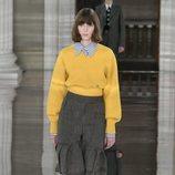 Jersey de punto y falda otoño/ invierno 2020 de Victoria Beckham