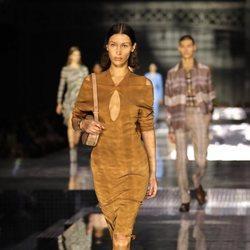 Vestido de ante otoño/ invierno 2020 de Burberry