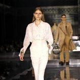 Camisa y pantalones otoño/ invierno 2020 de Burberry