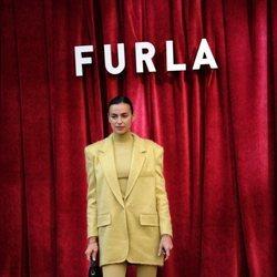 Irina Shayk asiste al desfile de Furla 2020 en Milán