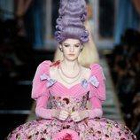 Vestido de cortesana otoño/invierno 2020-2021 Moschino