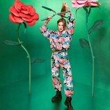Chándal con estampado de flores de la colección de María Escoté para Desigual