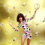 Vestido ajustado con estampado de flores y lunares de la colección de María Escoté para Desigual
