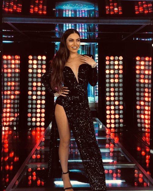 María Isabel con un vestido negro de paillettes de Kelvis Casillas en la final de 'TCMS'