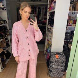Chiara Ferragni con un conjunto de punto en color rosa