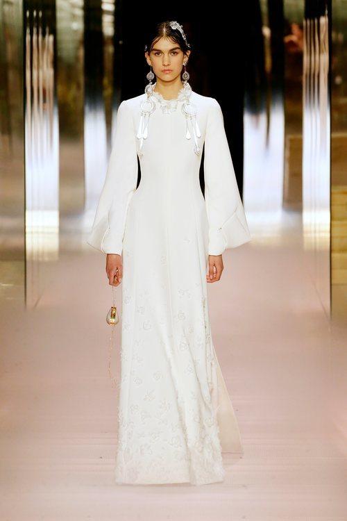 Look 8 de la colección Alta Costura primavera/verano 2021 de Fendi