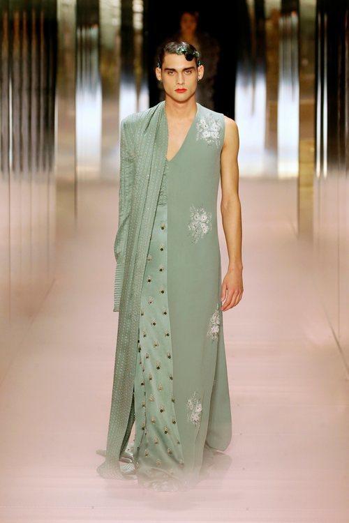 Look 12 de la colección Alta Costura primavera/verano 2021 de Fendi