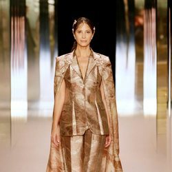 Look 15 ( Christy Turlington) de la colección Alta Costura primavera/verano 2021 de Fendi