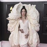 Noah Cyrus de Schiaparelli en los Grammy 2021
