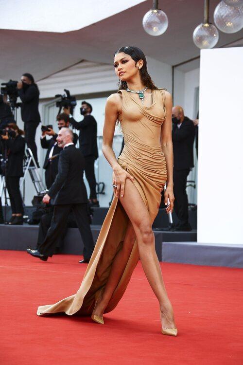 Zendaya de Balmain en la premiere de 'Dune' en el Festival de Venecia 2021