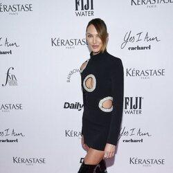 Candice Swanpoel en los Premios Daily Front Row 2021 durante la Semana de la Moda de Nueva York primera/verano 2022