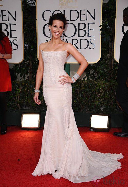 Kate Beckinsale vestida de Roberto Cavalli en la alfombra roja de los Globos de Oro 2012