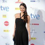 Elisa Mouliaá con vestido negro de gasa y pedrería