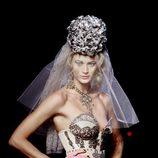 Corset barroco en color hueso de Jean Paul Gaultier Alta Costura