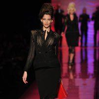 Vestido negro con falda lápiz y cuerpo de rejilla de Jean Paul Gaultier Alta Costura