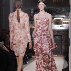 Diseños de Valentino para la semana de Alta Costura de París Primavera/Verano 2012