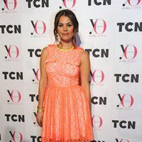 María José Suárez con vestido flúor de encaje
