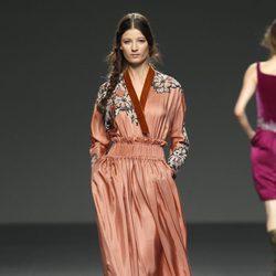 Vestido naranja de la colección otoño/invierno 2012/2013 de Victorio & Lucchino