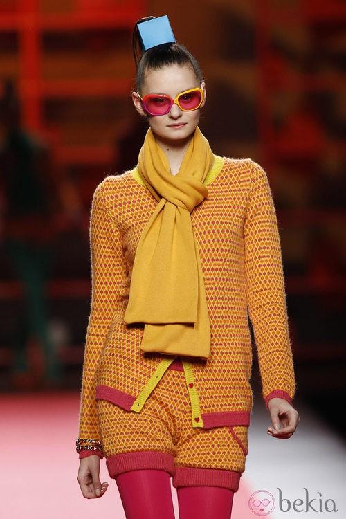 Shorts de punto estampados de Agatha Ruiz de la Prada en la Madrid Fashion Week