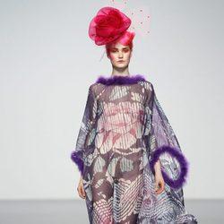 Ligero vestido transparente de Elisa Palomino en la Madrid Fashion Week