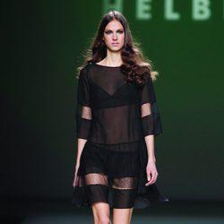 Vestido de gasa transparente de la colección otoño/invierno 2012/2013 de Teresa Helbig