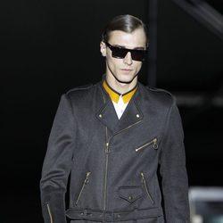 Gabardina para hombre de Davidelfin en la Madrid Fashion Week