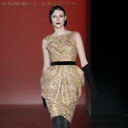 Vestido color champagne de la colección otoño/invierno 2012/2013 de Hannibal Laguna