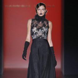 Vestido con volumen de la colección otoño/invierno 2012/2013 de Hannibal Laguna