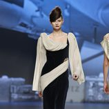 Vestido de gasa bicolor de Ion Fiz en Fashion Week Madrid