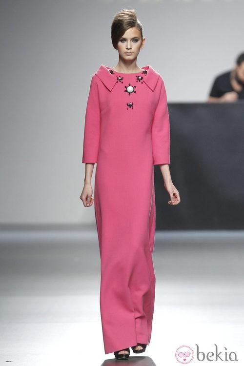 Vestido rosa largo de la colección otoño/invierno 2012/2013 de Juana Martin