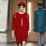 Cut out dress rojo de Ana Locking en Fashion Week Madrid