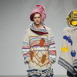 Diseño masculino de punto con múltiples estampados de Mercedes Castro en 'El Ego' de Fashion Week Madrid